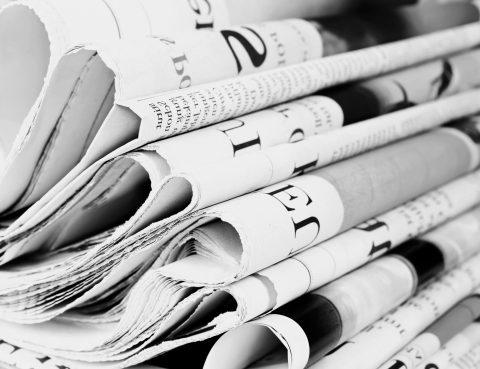 Zeitungen, Medien